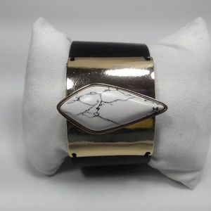 Black Leather Band Bracelet  with Snap Buttons